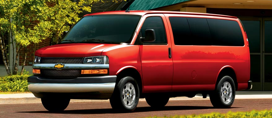 Chevrolet Express Passenger Van 3500 LS Regular