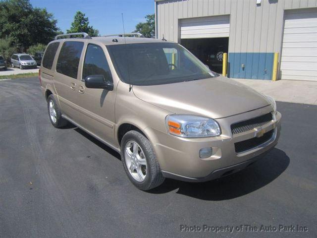 Chevrolet Uplander LT