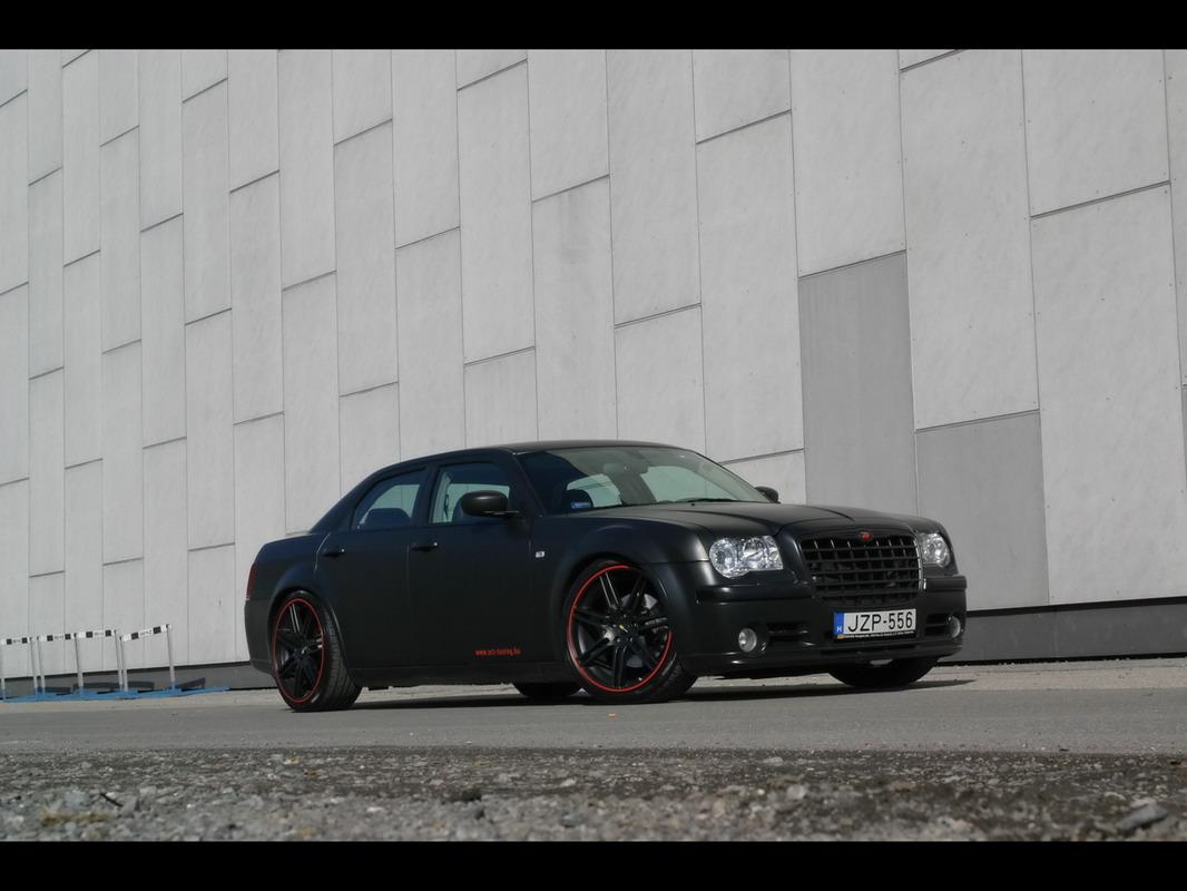 Chrysler 300 SRT-8