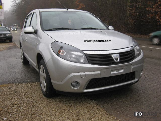 view of dacia sandero 1 4 lpg photos video features and. Black Bedroom Furniture Sets. Home Design Ideas