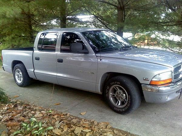 Dodge Dakota Quad Cab SLT