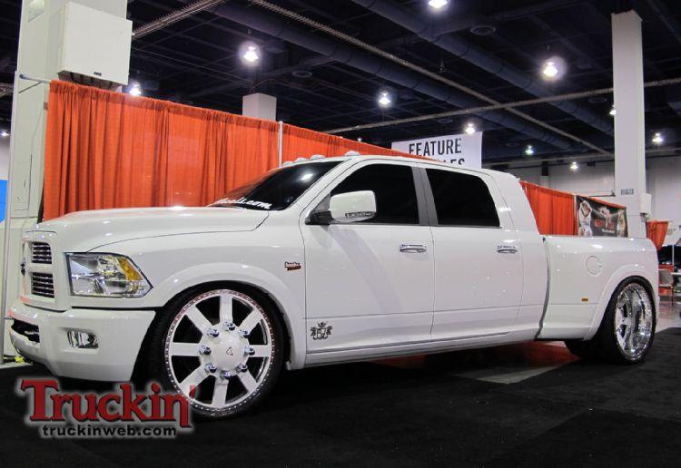 Dodge Ram 3500 Mega Cab
