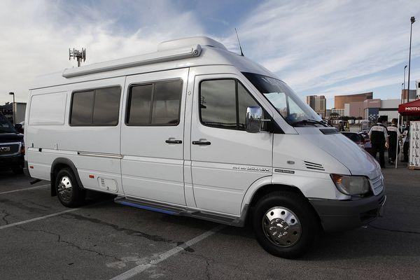 Dodge Sprinter 2500 Van