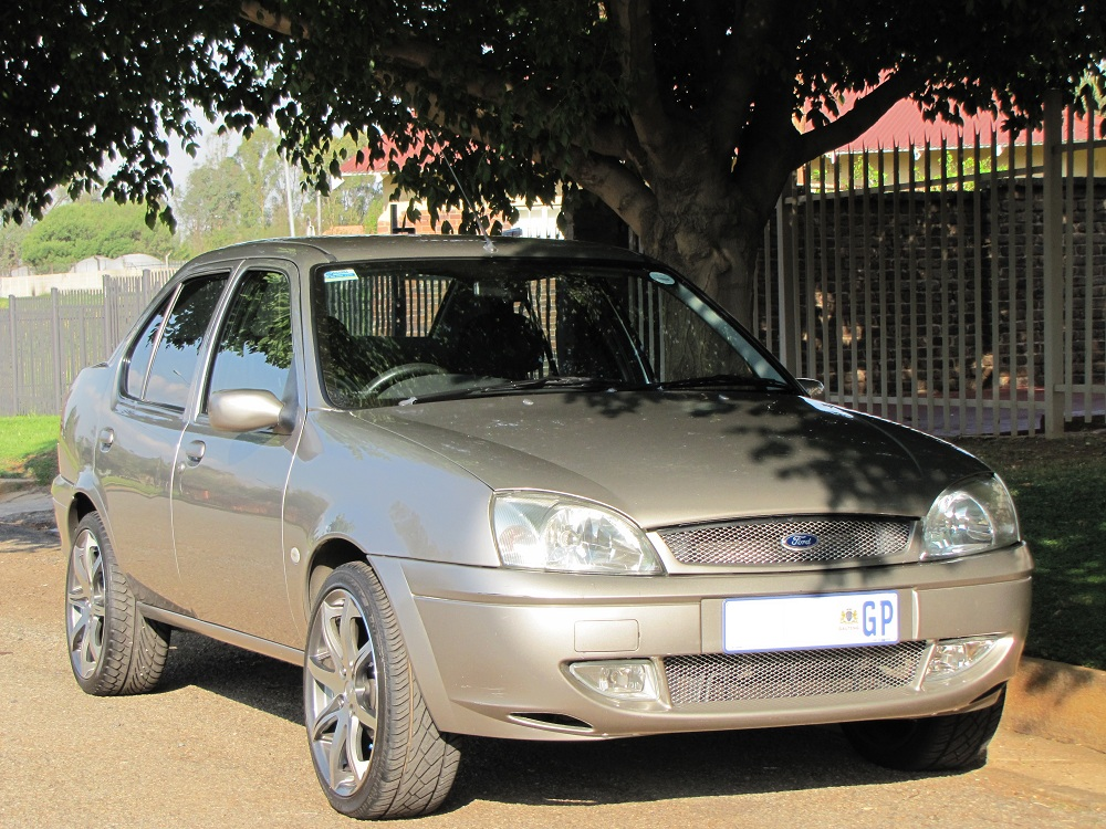Ford Bantam 1.6i XLT