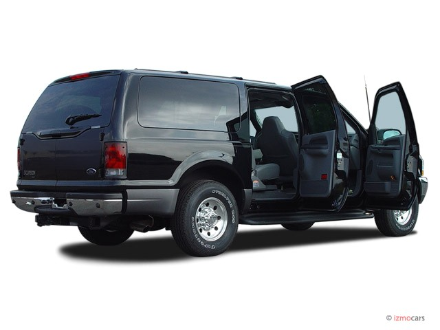 Ford Excursion XLT 6.8