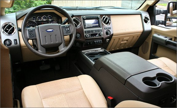 Ford F-350 6.0 TD Regular Cab Super Duty 4WD AT
