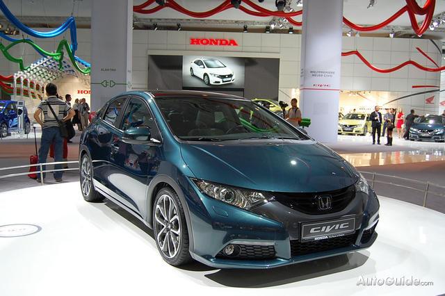 Honda Civic 1.8 AT Executive Glass Roof (R-Series)
