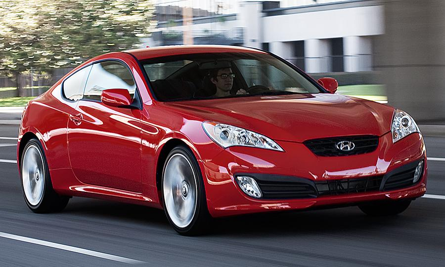 view of hyundai genesis coupe 3 8 track auto photos. Black Bedroom Furniture Sets. Home Design Ideas