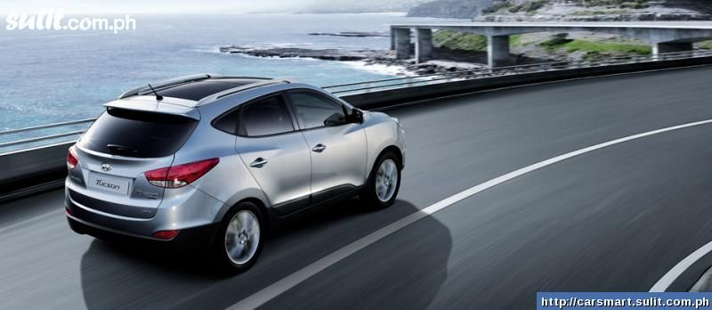 View of Hyundai Tucson 2.0. Photos, video, features and ...