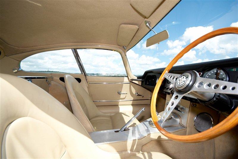 Jaguar E-Type 3.8