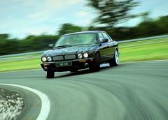 Jaguar XJR 5