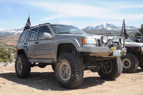 Jeep Cherokee 4.0 i 4WD AT
