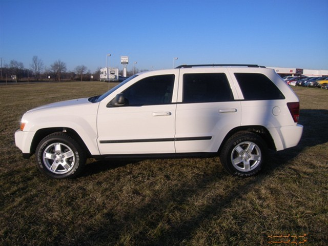 Jeep Grand Cherokee 3.7 Laredo