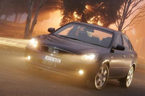 Kia Magentis 2.7 AT