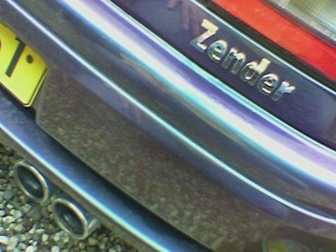 Mazda 323 1.3 i 16V