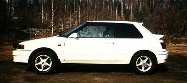 Mazda 323 1.8 4WD