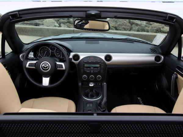 Mazda MX-5 2.0 MIATA Touring