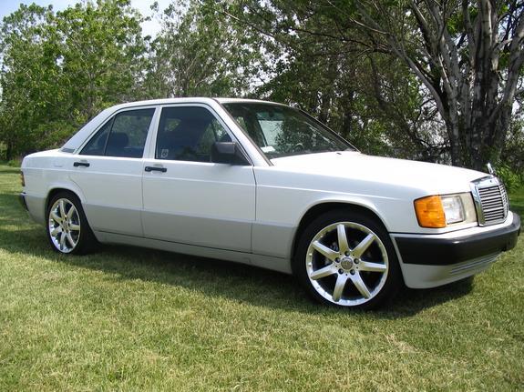 Mercedes-Benz 190 2.6