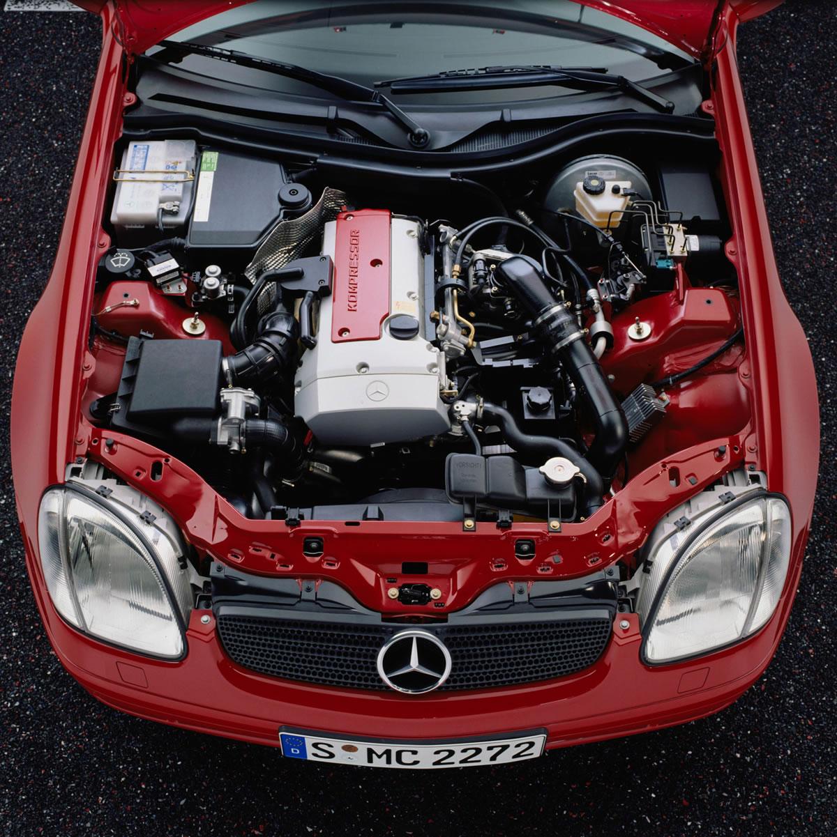 Mercedes-Benz C 180 129hp AT