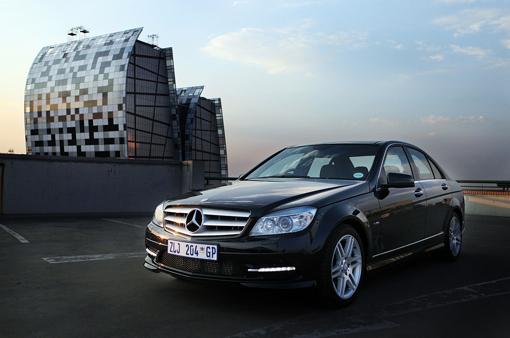 Mercedes-Benz C 180 CGi BlueEfficiency