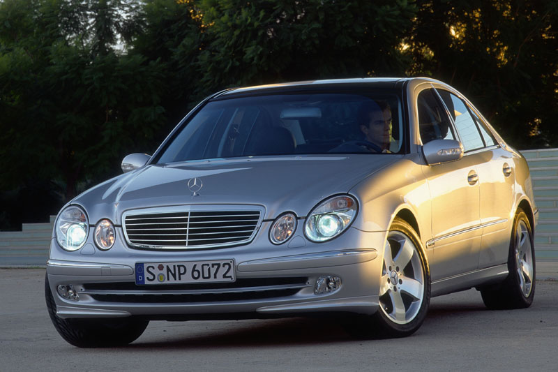Mercedes-Benz E 200 CDi BlueEfficiency