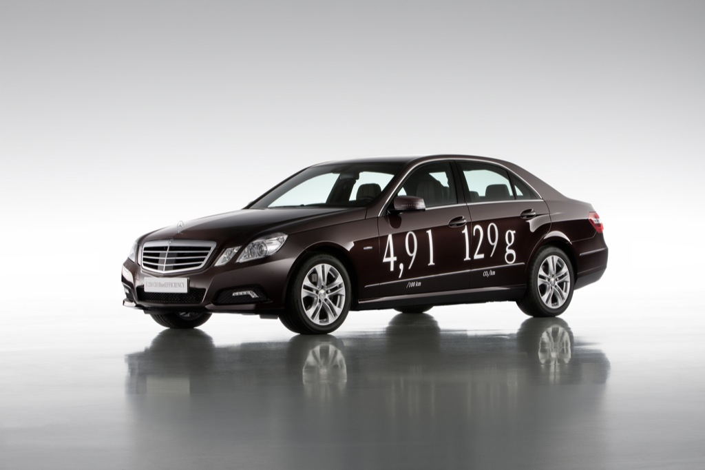 Mercedes-Benz E 250 CGI AT