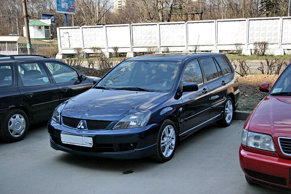 Mitsubishi Lancer Station Wagon