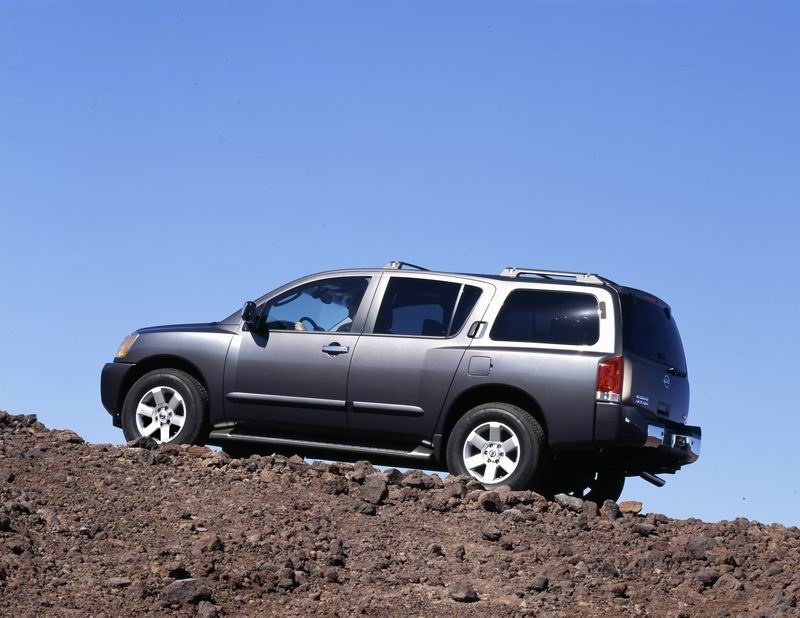 Nissan Armada SE Off-road