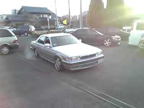 Nissan Laurel 2.4