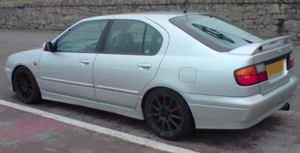 Nissan Primera 2.0 GT