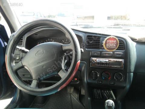 Nissan Primera Traveller 2.2 dCi Acenta