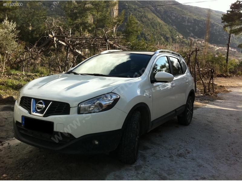 Nissan Qashqai 2 2.0 dCi 4x4