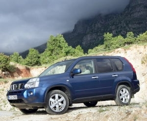 Nissan X-Trail 2.5 CVT SE (--DD-)