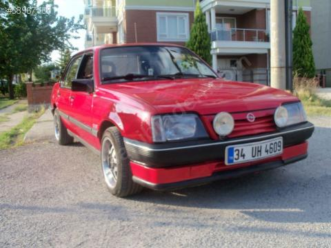 Opel Ascona 2.0 E