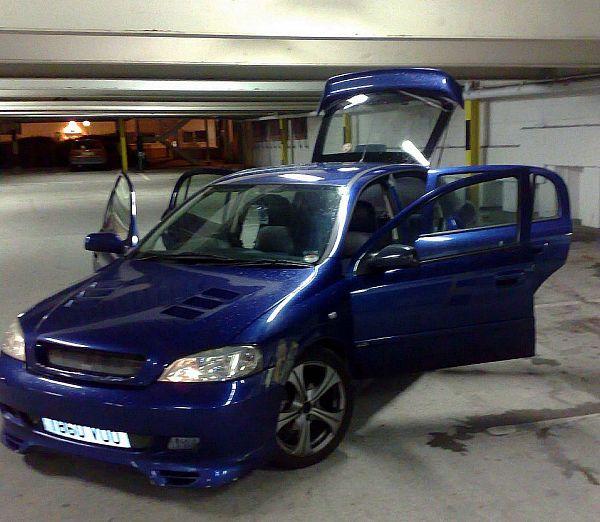 Opel Astra 1.8 i 16V AT