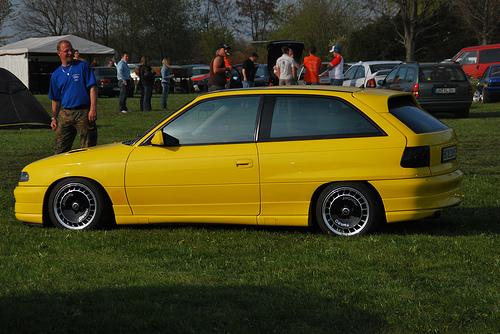 Opel Astra 2.0 16V MT