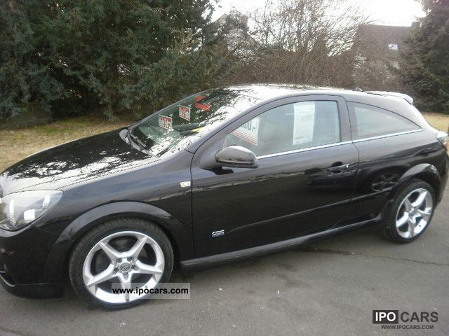 Opel Astra GTC 2.0 Turbo