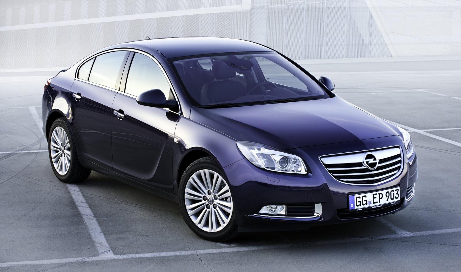 Opel Insignia 2.0 Turbo 4x4 MT