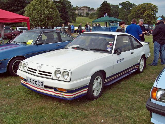 Opel Manta 2.0 E