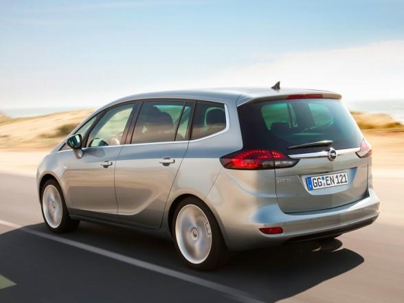 Opel Zafira 2.2 TD
