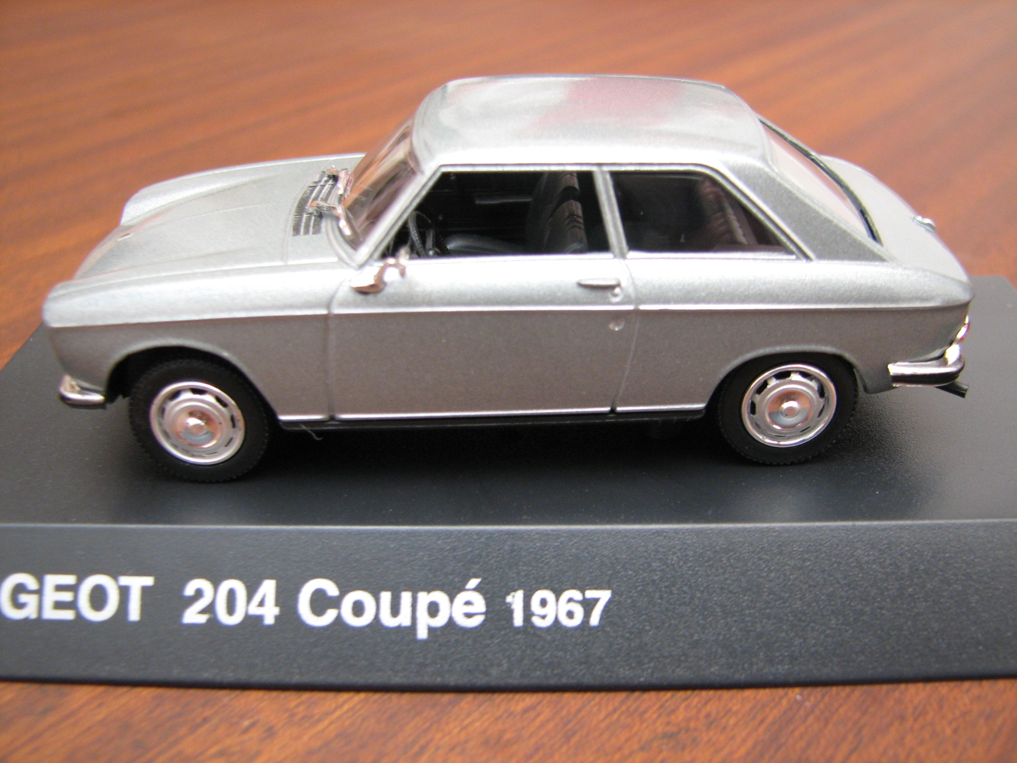 Peugeot 204 Coupe