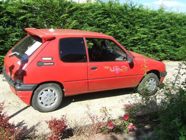 Peugeot 205 GRD