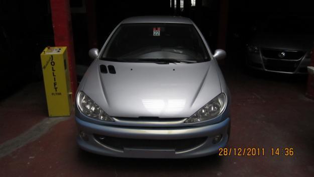 Peugeot 206 1.6 AT