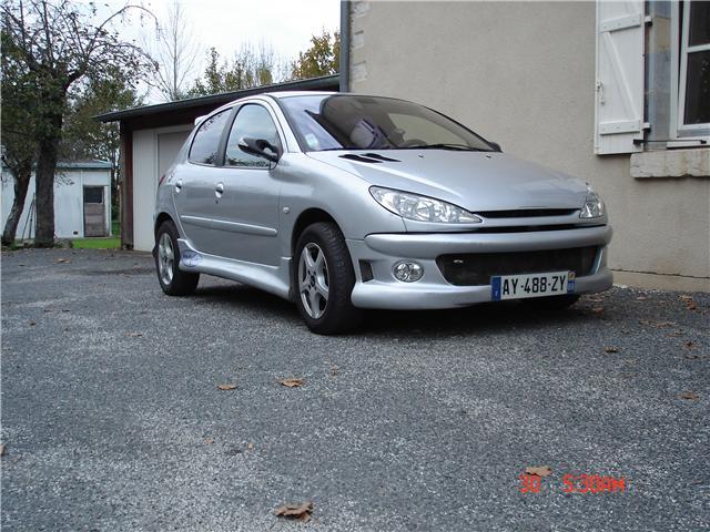 Peugeot 206 2.0 XT HDi