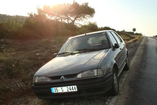 Renault 19 1.4 i AT
