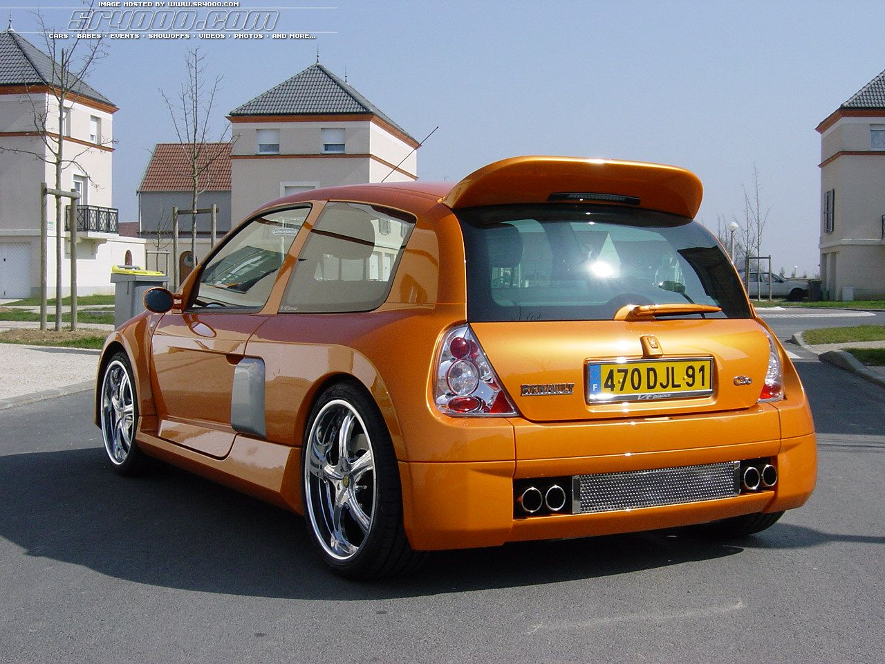 View Of Renault Clio Iii 1 6 Photos Video Features And Tuning Of Vehicles Gr8autophoto Com