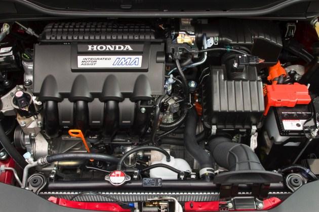 Renault Master 2.5 dCi 99hp MT