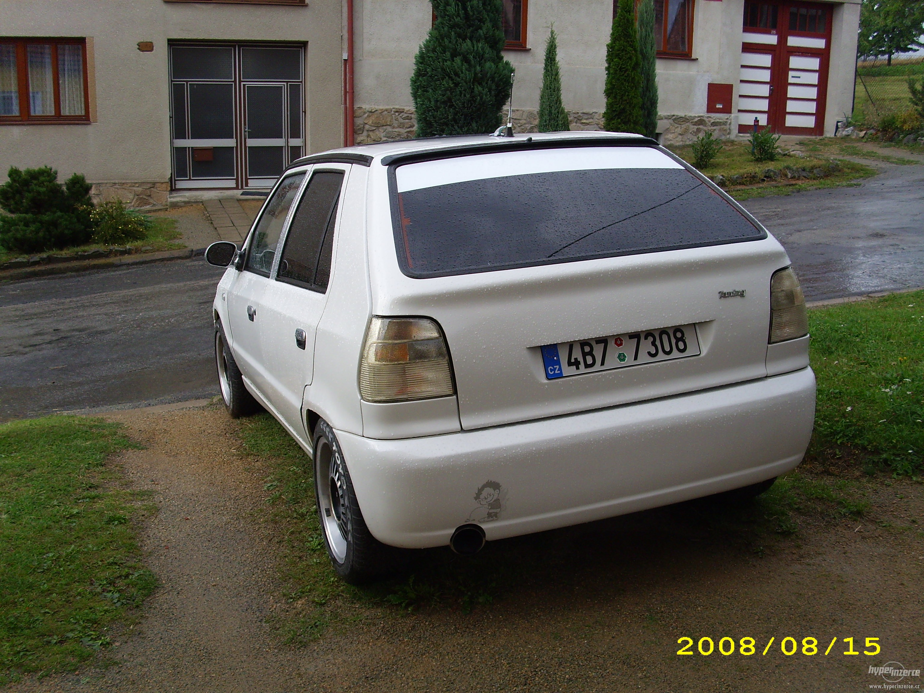 View Of Skoda Felicia 1 3 Photos Video Features And Tuning Gr8autophoto Com