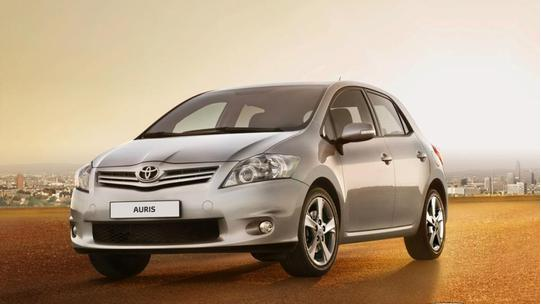 Toyota Auris 1.6 124hp AT Prestig