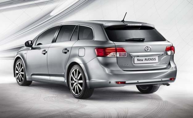 Toyota Avensis 2.0 128hp AT